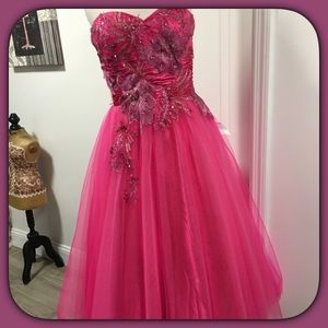 💝Beautiful Prom Dress 💝👗